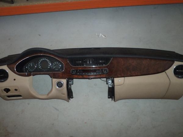 Bord Mercedes Cls