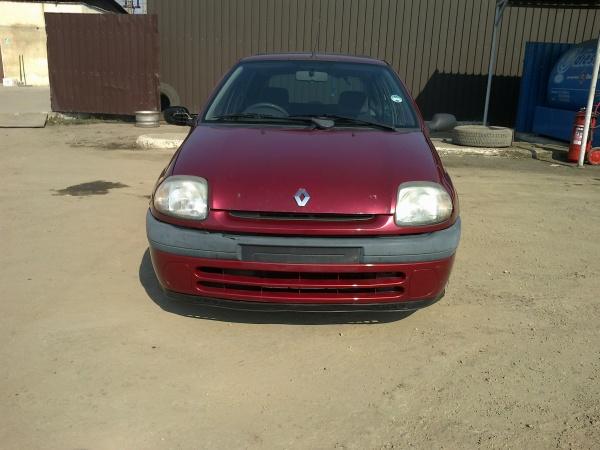 Renault Clio (8)