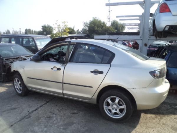 Mazda 3 ro gri (32)